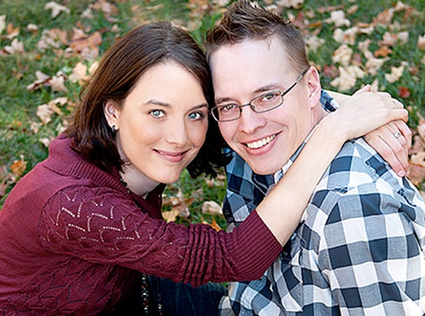 Josh & Sarah, Waiting Family – AdoptionGateway.org